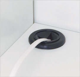 庫内で充電可能な配線機能