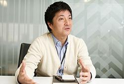 営業本部法人営業二部部長 吉田康治/ヨシダコウジ